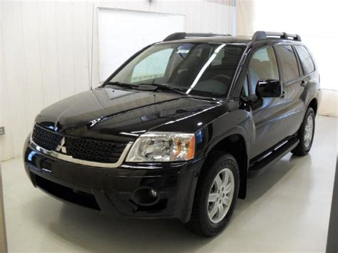 Buick Endeavor by 2011 Mitsubishi Endeavor Pictures Information And Specs