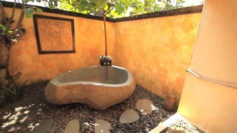 Amazing Outdoor Bathroom/Shower Ideas You Can Try In Your