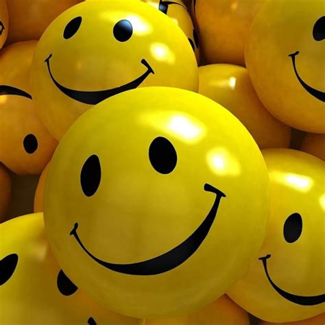 enable emoticons smiley face  apple iphone ios  whatsapp