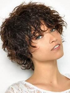 Coupe Courte Bouclée : coiffure courte femme boucl e ~ Farleysfitness.com Idées de Décoration