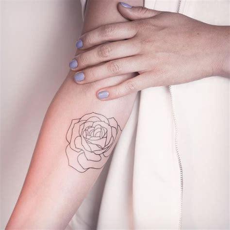Tatouage Rose Bras Femme  Ces Tatouages De Rose Qui Ne