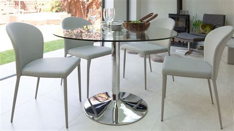 naro  glass  seater dining table danetti