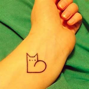 Tatouage Minimaliste : tatouage chat minimaliste tatouage chat les 20 plus ~ Melissatoandfro.com Idées de Décoration