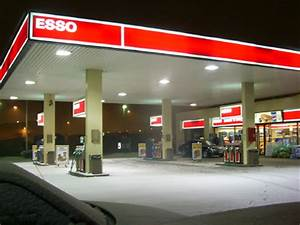 Garage Brumath : file esso gas station wikimedia commons ~ Gottalentnigeria.com Avis de Voitures