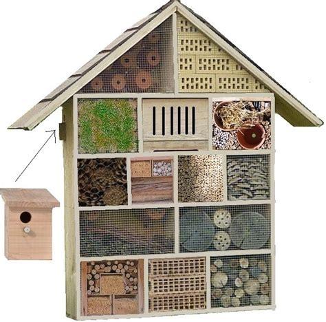 modele de porte d armoire de cuisine htel des insectes trs grand modle en bois bois poterie