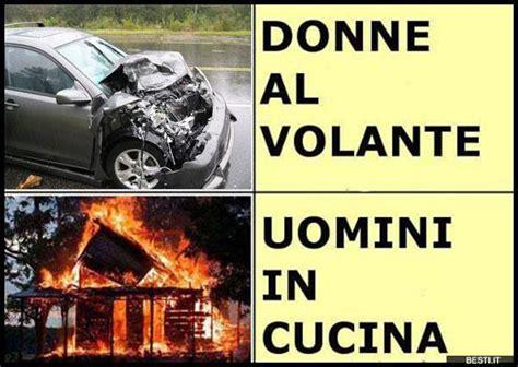 Barzellette Donne Al Volante Donne Al Volante Besti It Immagini Divertenti Foto