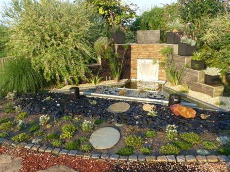 Gartengestaltung Gerlinde Forster  Garten  Wasser Stein