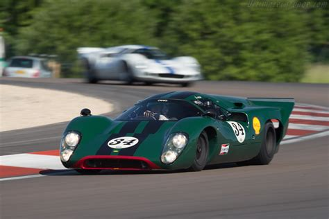 Lola T70 Mk3B Coupe - Chassis: SL76/147 - Driver: David ...