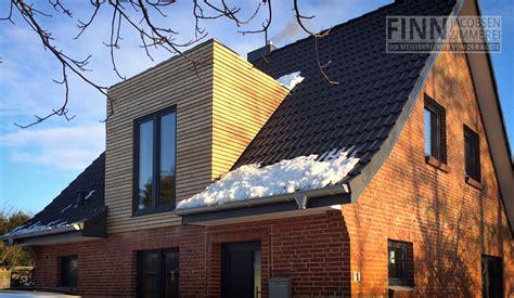 Umbau Statt Neubau Modernes Wohnen In Alten Haeusern by Umbau Ausbau Zimmerei Finn Jacobsen