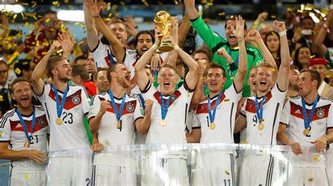 Limitiertes poster fußball wm finale 2014 gerahmt. Fußball-Hype | DVAG Deutsche Vermögensberatung ...