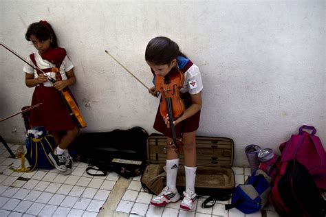 Cuba's Musicians Running Out Of Some Instruments