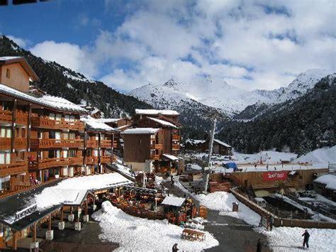 vue de la chambre sur le mont vallon picture of hotel mont vallon meribel tripadvisor
