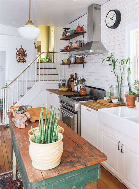 18 Colorful Kitchens To Copy This Spring Colorful Kitchen