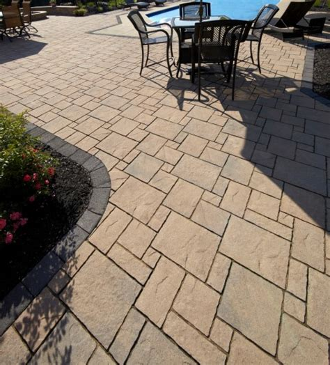 unilock avante ashlar avante ashlar patio with il co border photos