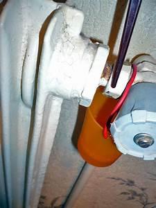 Fuite Radiateur Chauffage : mini fuite radiateur sur ecrou a pas conique questions r ponse forum chauffage ~ Medecine-chirurgie-esthetiques.com Avis de Voitures