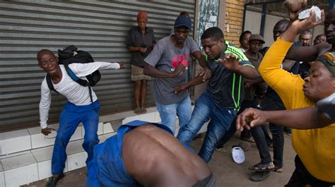 Nigerians in S Africa 'living in fear' after attacks ...
