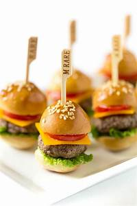 Whos Perfect Hamburg : 25 best ideas about mini burgers on pinterest mini hamburgers tiny food party and sliders burger ~ Orissabook.com Haus und Dekorationen
