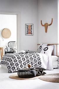 Parure De Lit Boheme : parures de lit originales d coration facile pour la chambre coucher ~ Teatrodelosmanantiales.com Idées de Décoration