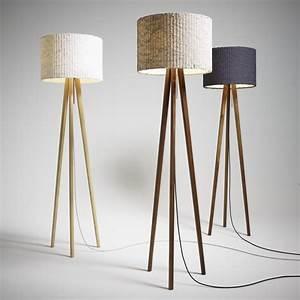 Designer Stehlampen Holz : alle guten dinge sind drei beinig dreibein lampen designs2love ~ Indierocktalk.com Haus und Dekorationen