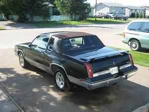 1985 Oldsmobile Cutlass Supreme - Exterior Pictures