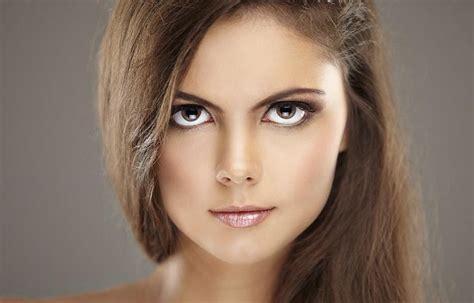 Как визуально увеличить глаза с помощью макияжа пошаговая инструкция дневной и вечерний макияж для голубых серых зеленых карих глаз