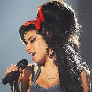 A Look Back at Amy Winehouse's Hair and Beauty Looks ...