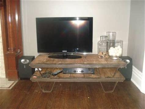 pallet tv stand  delight   pallet furniture plans