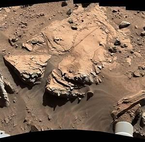"""Mars-Rover """"Curiosity"""" rollt mit Radschaden über den Mars ..."""