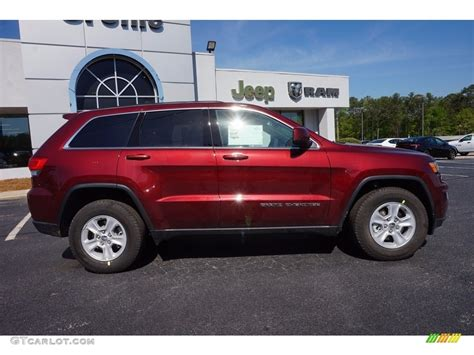 jeep grand cherokee limited 2017 red 2017 velvet red pearl jeep grand cherokee laredo