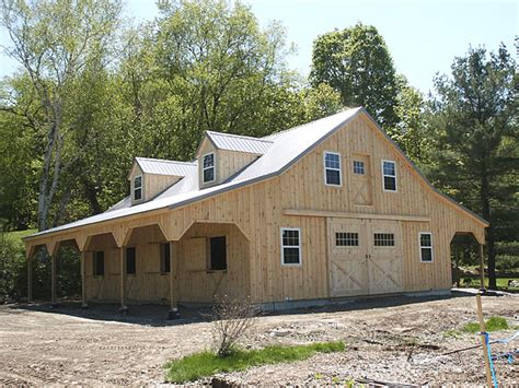 barns with living quarters barn stable with living quarters
