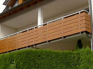 Balkonverkleidung Aus Holz : kunststoff holzdekor foliert ~ Lizthompson.info Haus und Dekorationen