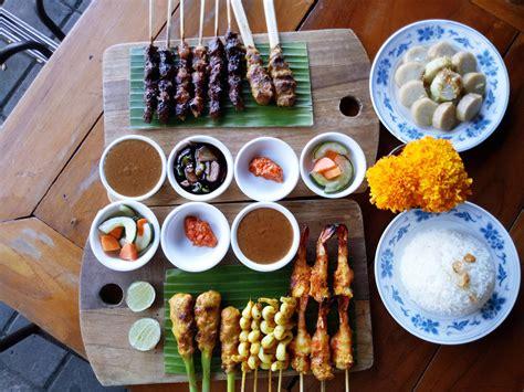 Bisnis kuliner seafood ini mulai berdiri sejak tahun 2013. Gourmet Sate House, Kuliner Tengah Malam di Bali yang ...
