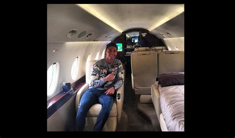 jet prive de luxe interieur cristiano ronaldo nous fait voir 224 quoi ressemble l int 233 rieur d un jet priv 233 de luxe photo