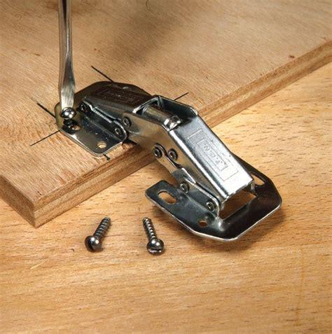charni鑽e meuble cuisine les 25 meilleures idées concernant charnière invisible sur wallonie boîte de bouleau et charnière