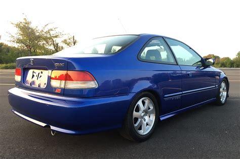 Just Listed: 1999 Honda Civic Si