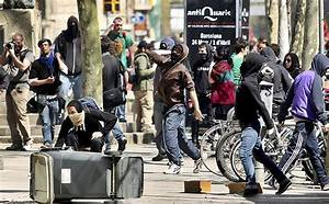 Riots Explode In Spain As Thousands Protest clash w/Police ...