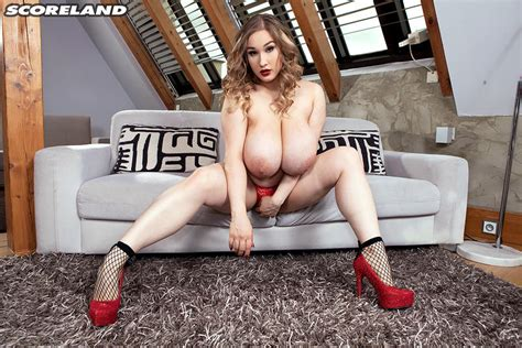 Gorgeous Cheryl Blossom Poses Nude On A Couch 1 Of 1