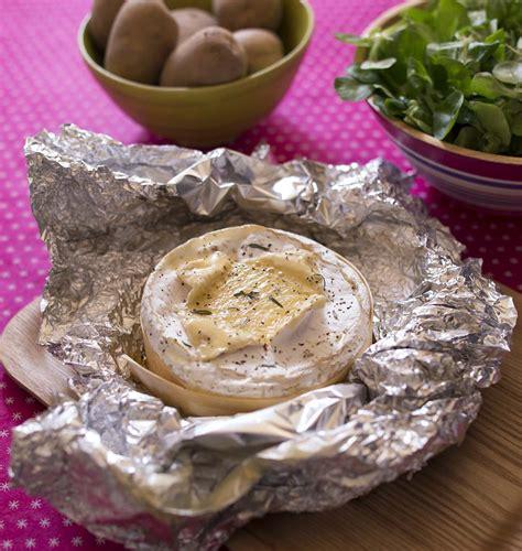 recette de cuisine camembert au four camembert rôti au four dans sa boîte les meilleures