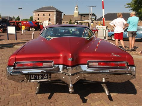 Buick Riviera (1971), Dutch Licence Registration Ae