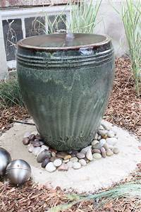 Diy backyard water fountains fountain design ideas for Backyard water fountains