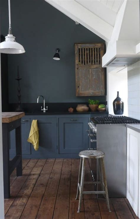 27 moody kitchen décor ideas digsdigs
