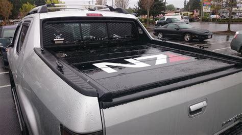 Honda Ridgeline Bed Cover by Peragon Retractable Truck Bed Covers For Honda Ridgeline
