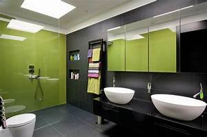 Deco reposante et tendance en vert pour la salle de bain for Salle de bain verte et grise