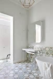 carrara marble bathroom designs azulejos baño tipo mosaico dikidu