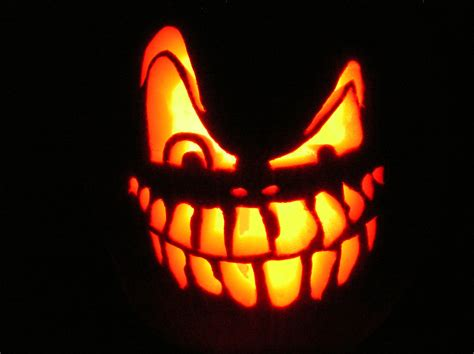 easy scary o lantern jack o lantern free stock photo a scary halloween jack o lantern 12279