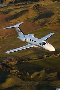 Hélicoptère De Luxe : 17 best images about jet priv h licopt re on pinterest we jets and travel ~ Medecine-chirurgie-esthetiques.com Avis de Voitures