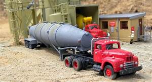 International R190 Truck Tractor  U0026 Fruehauf Pneumatic Bulk