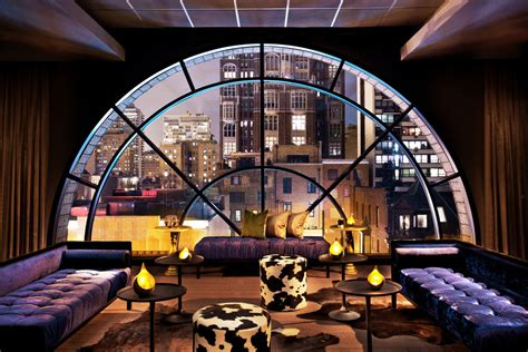 hotel review  thompson  chicago   york times