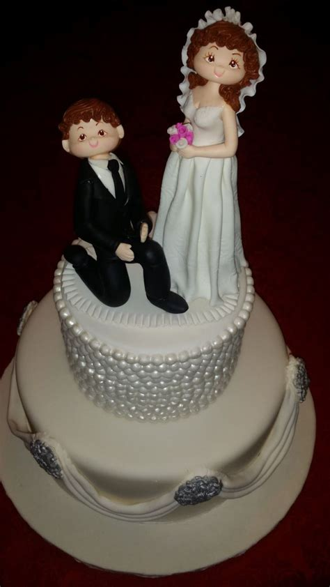 1000 Ideas About Funny Wedding Cake Toppers On Pinterest