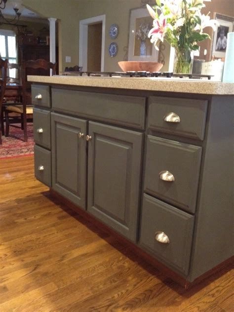 Island Kitchen Cabinet Painting by Sloan Chalk Paint For Kitchen Cabinets